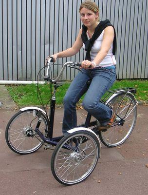 comparatif critique tricycle roue avant ou arri re. Black Bedroom Furniture Sets. Home Design Ideas