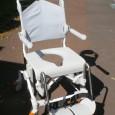 Voici la nouvelle chaise de douche SWIFT MOBILE commercialisée à partir de ce mois-ci. Disponible en châssis fixe ou inclinable.Essai réalisé le 17/06/2009