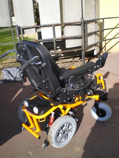 fauteuil roulant lectrique ch ssis fixe forest fabriqu par vermeiren. Black Bedroom Furniture Sets. Home Design Ideas