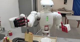 Des chercheurs japonais ont développé un robot destiné à l'aide aux personnes agées.