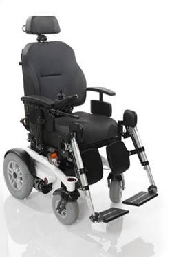 Le fauteuil roulant electrique 4 roues luca fabrique par for Prix d un fauteuil roulant Électrique