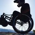 La société Box Wheelchairs, basée en Californie, propose une gamme complète de fauteuils roulants manuels fabriqués à la main.