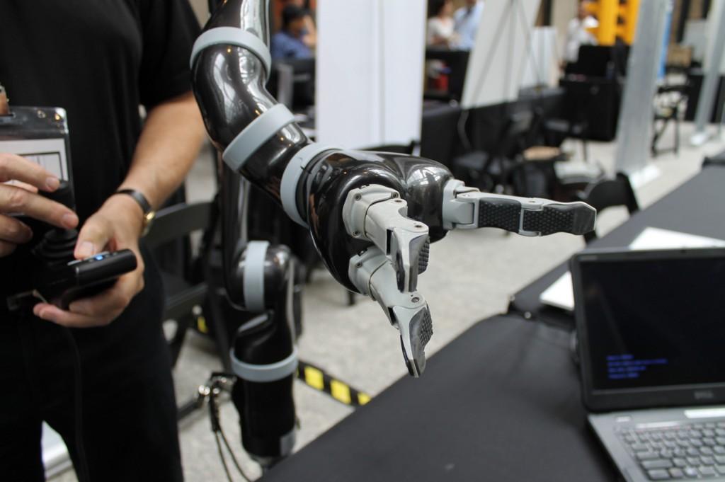 Kinova robotics