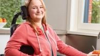 Il s'agit d'un fauteuil roulant électrique multipositions et destiné à une utilisation mixte