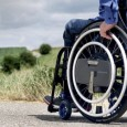 WheelDrive est un dispositif d'assistance électrique pour fauteuil roulant manuel.