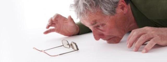 La population française vieillit: on parle de gérontocroissance.