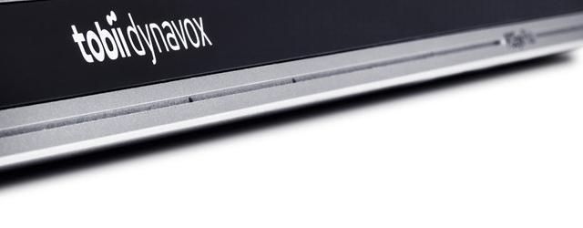 Aide électronique combinant une commande oculaire, 4 microphones, un port contacteur et un module de contrôle d'environnement infrarouge EyeR.
