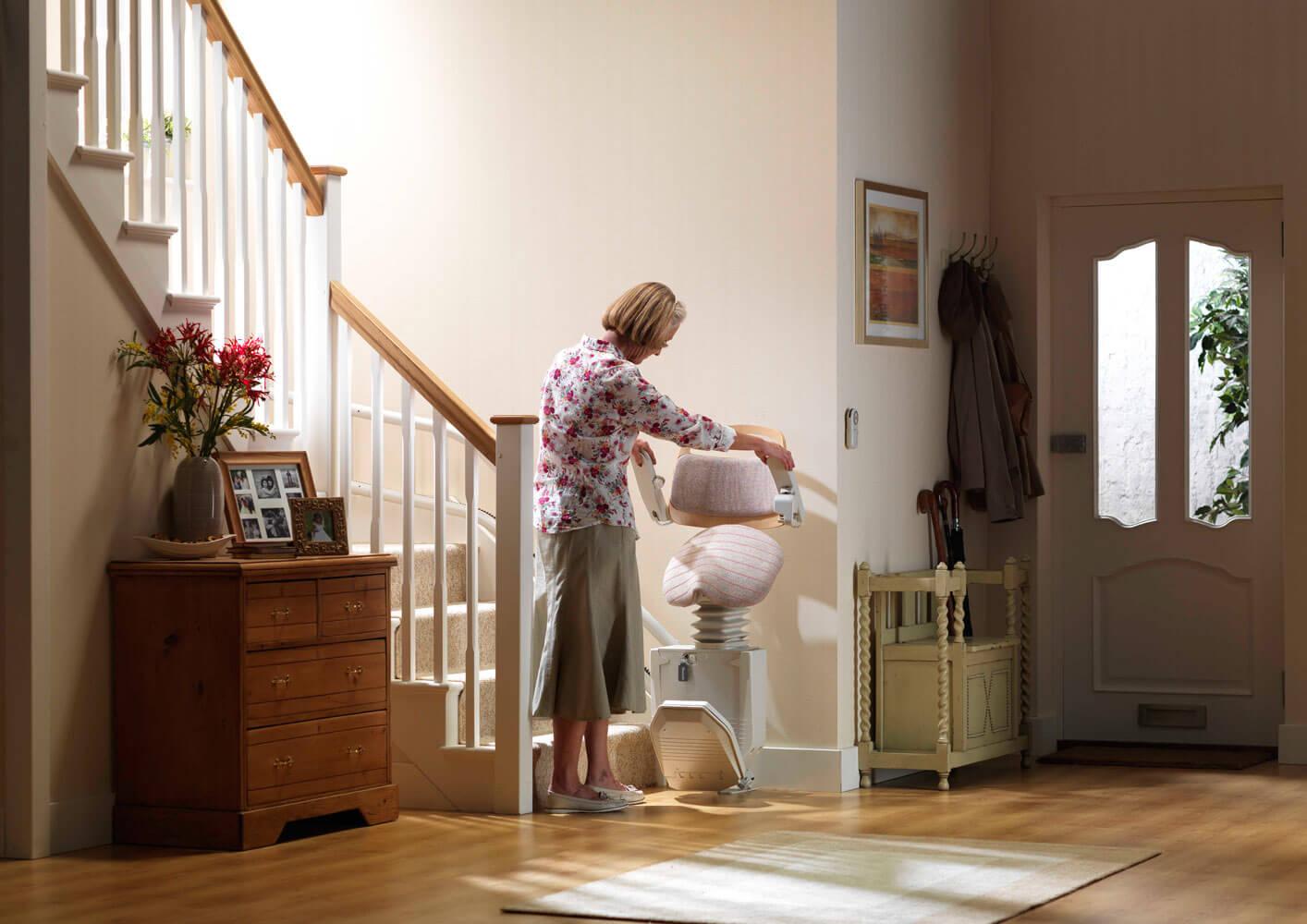 devis fauteuil monte escalier Jœœuf