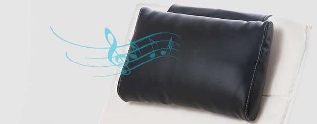 La diffusion sonore est intégrée à l'oreiller, invisible et hygiénique.