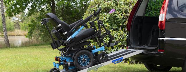 Vermeiren propose un modèle de rampes pliables nommé 692 à son catalogue, particulièrement adapté pour chargé un fauteuil roulant ou un scooter dans son véhicule. Elle supporte un poids de […]
